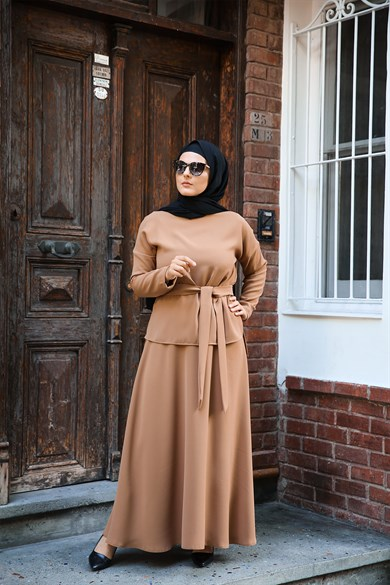 ENSEMBLE MODESTY JUPE CAMEL